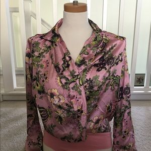 Pink floral tuck-in shirt